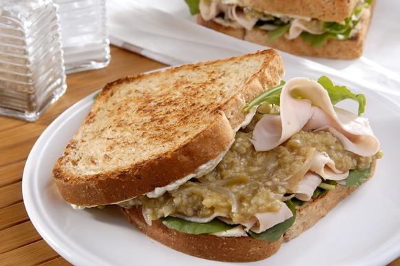Um sanduíche completo e rico em fibras!