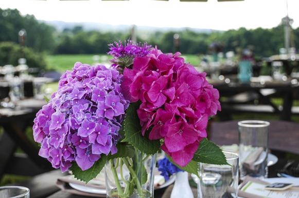 As flores alegram qualquer encontro!