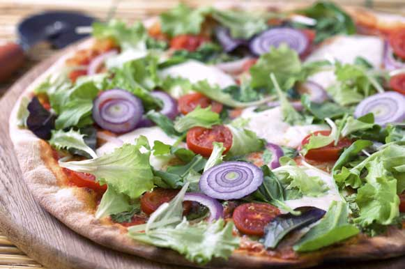 As folhas verdes também podem ser protagonistas da sua pizza integral
